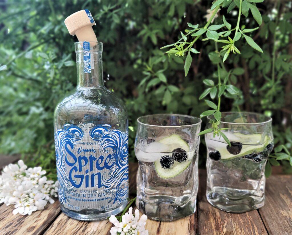 Spree Gin aus dem Hause Grote Spirits mit dem Destillat der Original-Spreewaldgurke